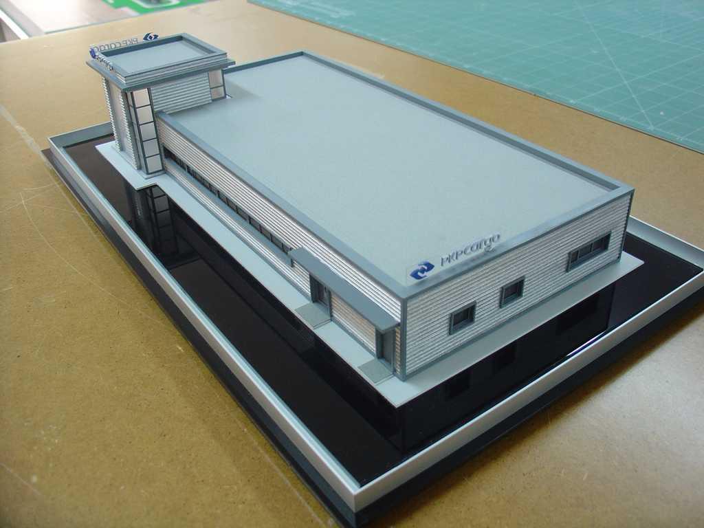Makieta - budynek biurowy PKP Cargo, widok 3